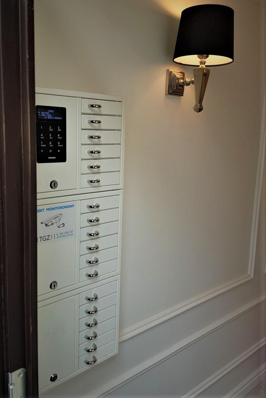 Depozytor na klucze w hostelu